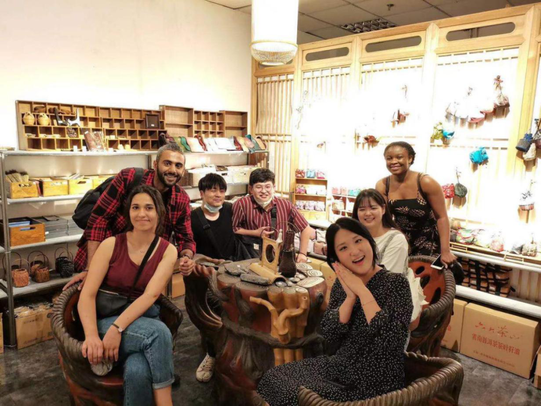 foreign students experience tea culture