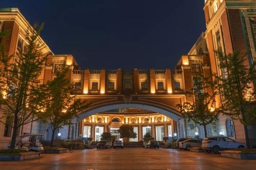 University-of-Shanghai-For-Science-And-Technology-night-scenery
