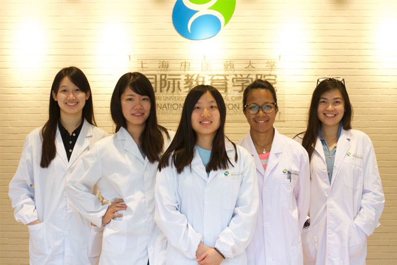 International-students of Shanghai University of traditional Chinese Medicine-two.