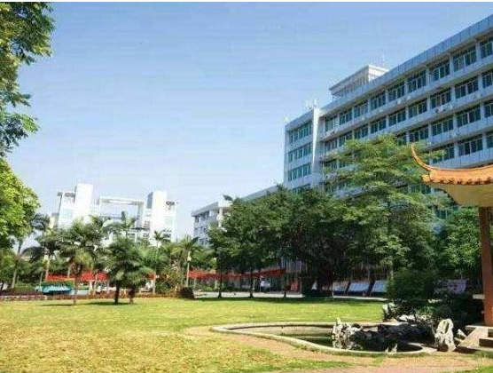 Campus-view-of Guilin-Shanshui-Vocational-Colleg-12