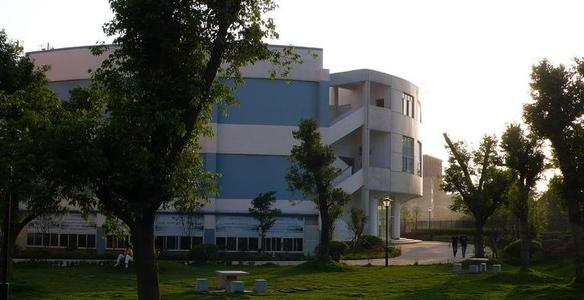 Campus-view-of Guilin-Shanshui-Vocational-Colleg-17