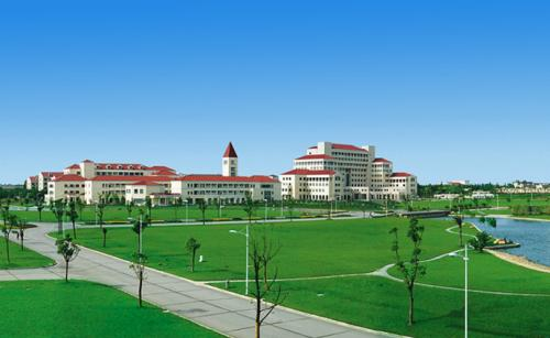 The-path-of-Shanghai-Normal-University