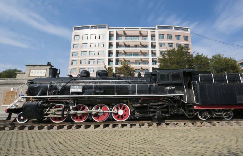 A-recent photo-of-the-train-in-Lanzhou-Jiaotong-University