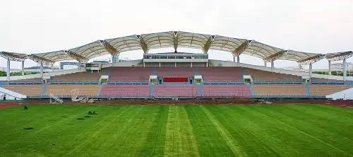 Nanchang-University-track-and-field-arena-rostrum